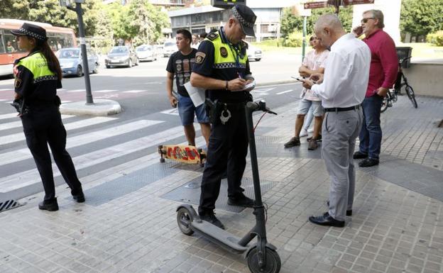 La DGT investiga nuevos tipos de multas para los Patinetes y Bicicletas